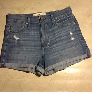 5/$25 BUNDLE SALE Hollister Jean Shorts